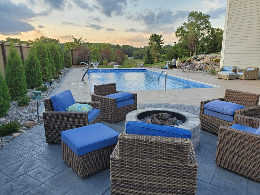 Outdoor fire pit with seating