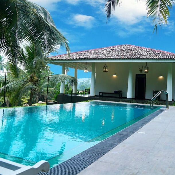 fiberglass pool benefits